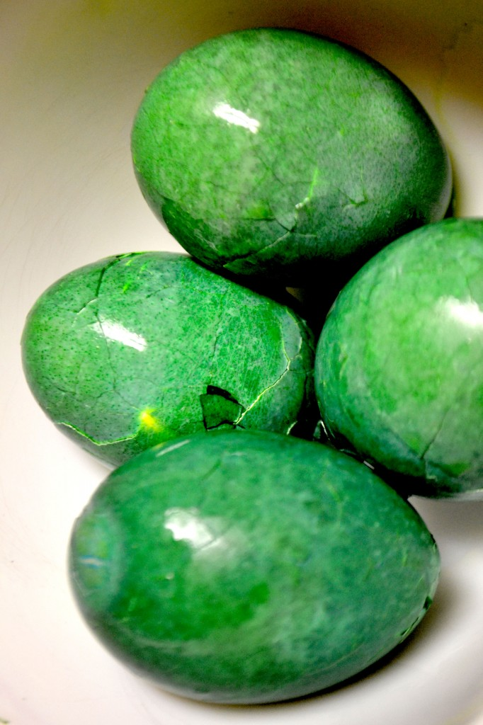 Green Goblin Eggs {Guest Post} | Skip To My Lou