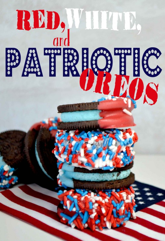 4th of July Treat! Red, white, and blue Oreos! Great kids treat and craft for the 4th! | Design Dazzle
