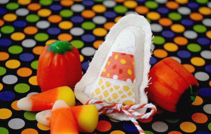 Easy Candy Corn Pin