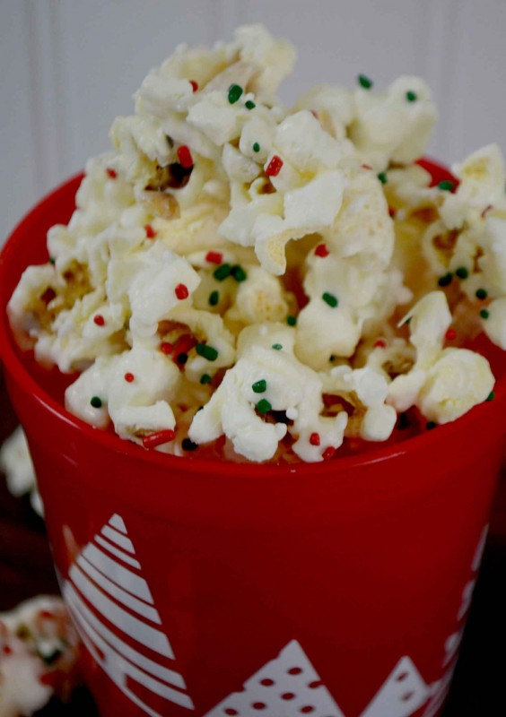festive holiday popcorn