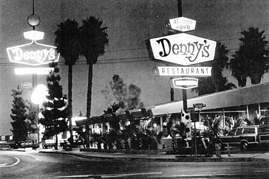 bw-historic-dennys-SF_BW