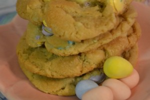 Pastel M&M's White Chocolate Mac Nut Cookies!