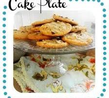 Houndstooth Vintage Cake Plate using Mod Podge!