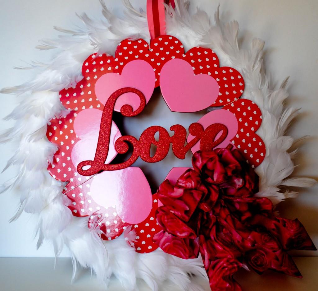 valentineswreath7 pinkcakeplate.com