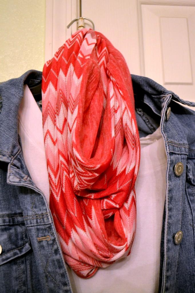 pinkchevronscarf 2 pinkcakeplate.com