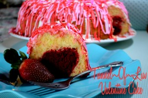 {Recipe}Tunnel of Luv Valentine Cake