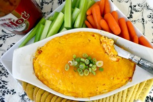 Easy Buffalo Chicken Dip Recipe!
