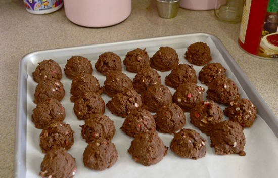 chocolate cookie balls of dough
