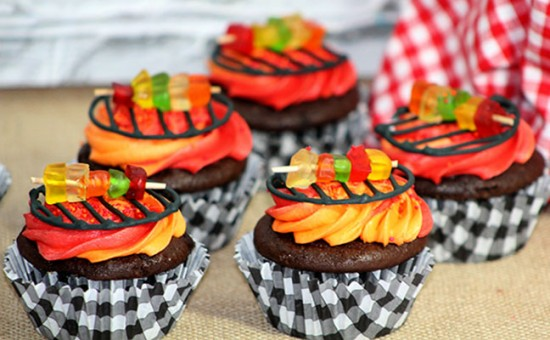 BBQ Shish~Kabob Cupcake Recipe and Tutorial Pinkcakeplate.com