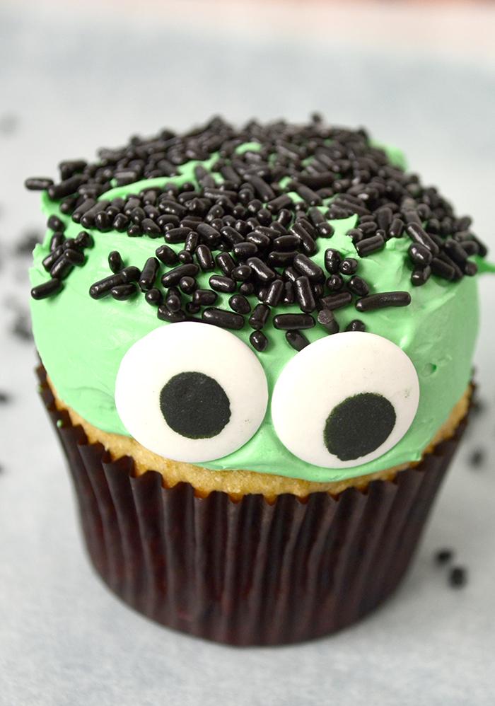 Frankenstein cupcake 5