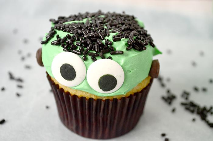 Frankenstein cupcake 6