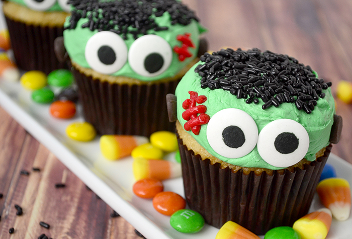 Frankenstein cupcake feature