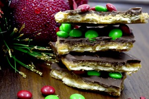 Mini m&m's Christmas Crack