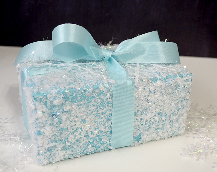 winter wonderland gift wrap d