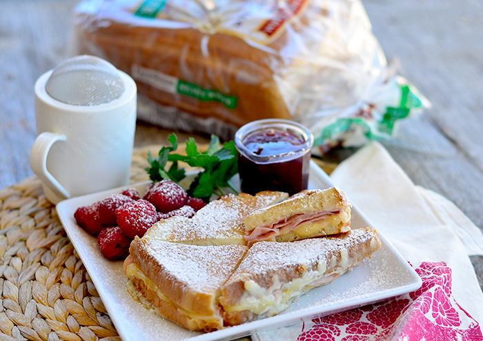 Easy Six ingredient Monte Cristo Sandwich