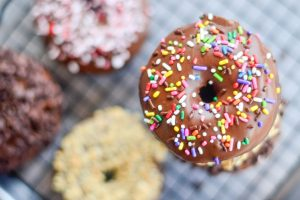Easy Chocolate Cake Donuts