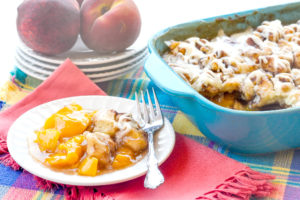 Simple Cinnamon Roll Peach Cobbler