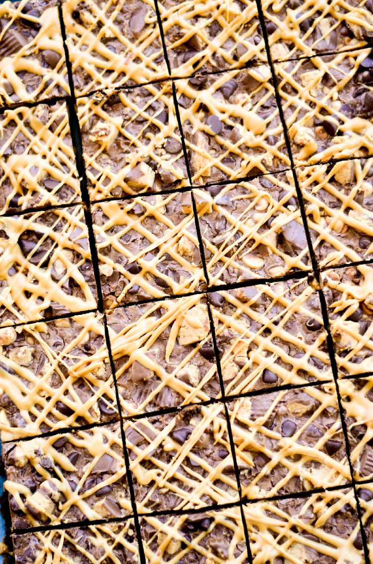 Peanut Butter Chocolate Magic Bars